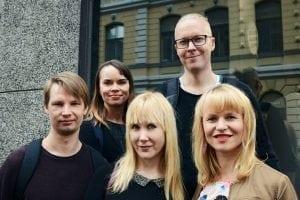 Tripsterin Mika Vikström, Noora Mattila, Paula Kultanen Ribas, Panu Pahkamaa, Tuulia Kolehmainen. Kuva: Ida Pimenoff 2017.