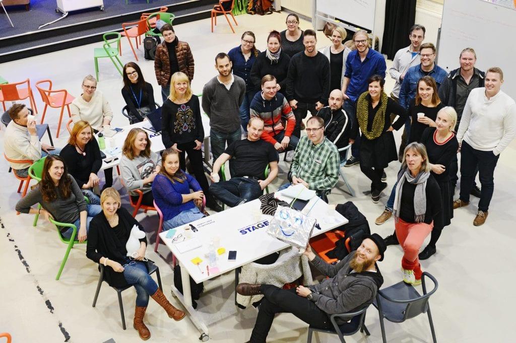Uutisraivaaja-leirillä innovoitiin design thinking -metodilla